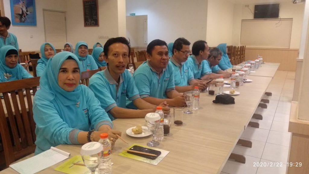 Kegiatan kinerja guru dan karyawan04