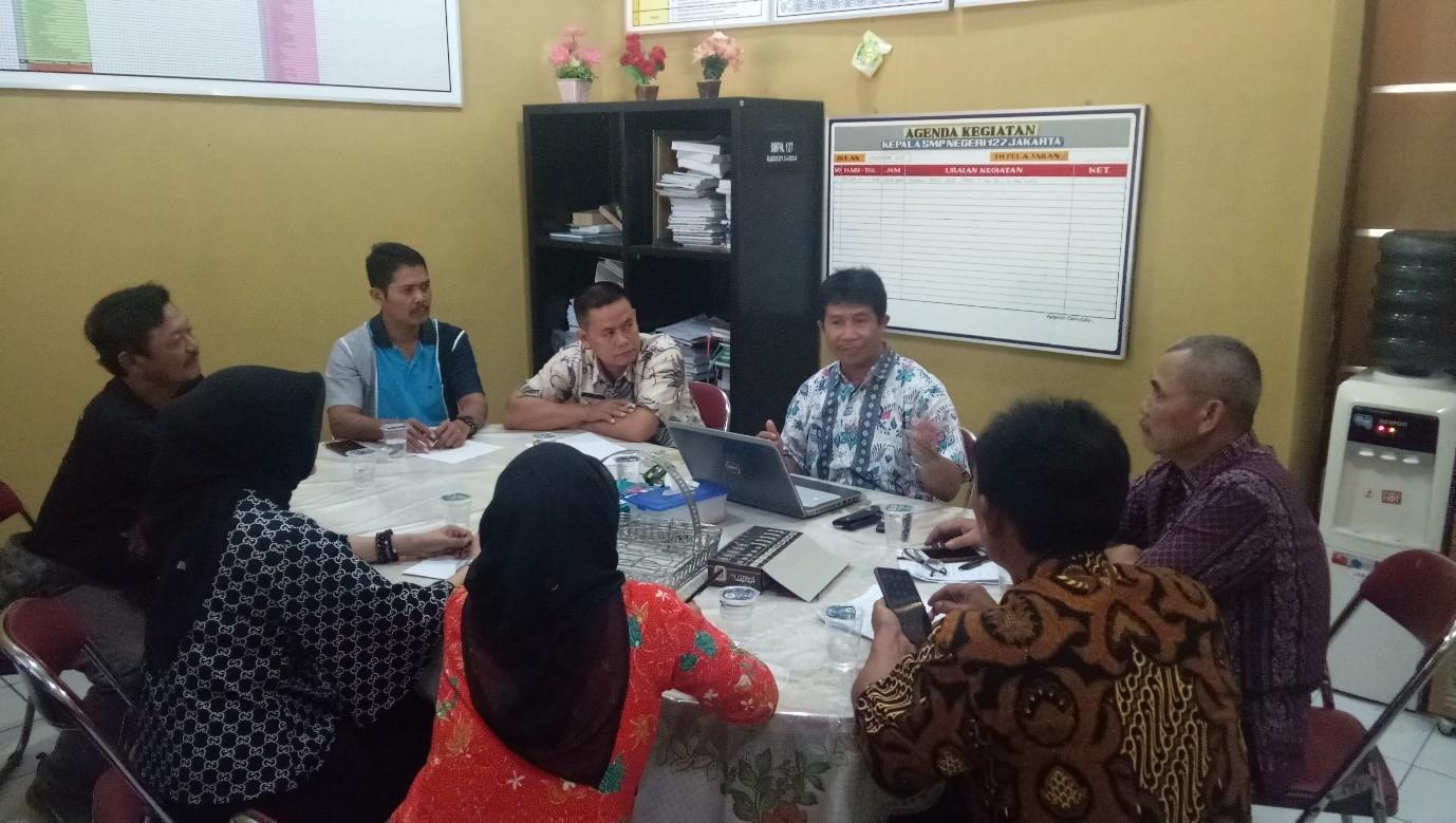 Rapat Wakil & Staff